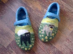 Custom made bridal Pug felted slippers Portrait pug slippers in yellow flowers Wool home slippers Flat Wedding Shoes felted slippers women shoes women slippers hause shoes felted wool shoes wool shoes flower gift for her pug dog slippers shoes with dogs weddings bridal shoes 58.00 USD #goriani