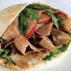 Doner Kebab Meat just like the takeaway - Cooking Video Turkish Recipes, Greek Recipes, Meat Recipes, Cooking Recipes, Ethnic Recipes, Cooking Food, Donair Meat Recipe, Turkish Doner, Doner Kebabs