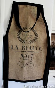 Make this sew or no-sew apron and 45 OF THE BEST FRENCH INSPIRED CRAFT TUTORIALS EVER with their links! Absolutely incredible. GIFTS, HOUSE, EVENT, WEDDINGS, DECOR, FLOWERS, COOKIES.