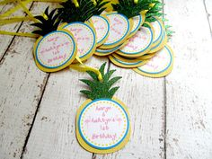 Hey, I found this really awesome Etsy listing at https://www.etsy.com/listing/280999296/pineapple-tags-luau-favor-tags-glitter