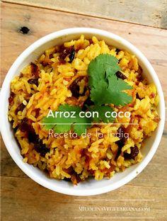 Fácil de hacer y gustará a todos. Imagínese un arroz con sabor a coco, el dulce de la pasa y el crujiente de la almendra. Esta es una receta de un arroz de la India, colorido, sabroso y fragante. Si lo desea, para fines de presentación, el arroz lo puede decorar con cilantro fresco y rebanadas de limón y tomate. Italian Recipes, Mexican Food Recipes, Vegetarian Recipes, Cooking Recipes, Healthy Recipes, Ethnic Recipes, Hindu Food, Meals, Gazpacho