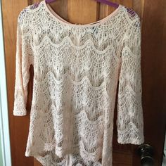 Forever 21 blouse Peach lace blouse with 3/4 length sleeves. Zipper down the back Forever 21 Tops Blouses