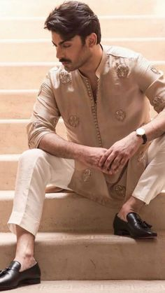 Want to purchase this Indian Wedding Suits Men, Mens Indian Wear, Mens Ethnic Wear, Indian Groom Wear, Wedding Dress Men, Indian Men Fashion, Mens Fashion Wear, Men's Fashion, Wedding Shoes