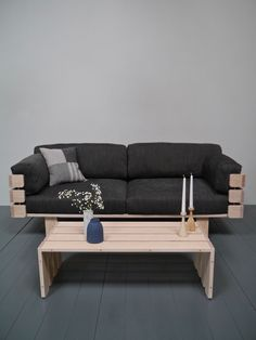 This is what happens when you design with popsicle sticks. The Hedges sofa by Barnby Designs is a striking sofa design embodying the elegance of simplicity. Barbie House Furniture, Dollhouse Furniture, Diy Dollhouse, Dollhouse Miniatures, Diy Cardboard Furniture, Walnut Shelves, Sticks Furniture, Desks For Small Spaces, Cool Woodworking Projects