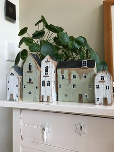 etsy home decor Scrap Wood Crafts, Driftwood Crafts, Wooden Crafts, Diy Wood Projects, Diy And Crafts, Clay Houses, Ceramic Houses, Miniature Houses, Wooden Houses