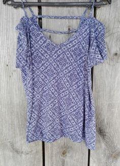 Kup mój przedmiot na #vintedpl http://www.vinted.pl/damska-odziez/bluzki-z-krotkimi-rekawami/13598411-bluzka-new-look-odkryte-ramiona-cut-out