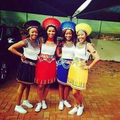 Zulu Bride Traditional Wear 2017 and 2018 ⋆ Zulu Traditional Attire, Zulu Traditional Wedding, African Traditional Dresses, Traditional Outfits, African Wedding Attire, African Attire, African Wear, African Women, African Dress