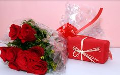 You need online flowers delivery for anniversary, Just click and order us.he firm like My Floral App has started offering online cakes and flower delivery to your dear ones on any occasion across the country. Now, you can be a part of your loved one's special day by gifting them online.
