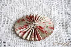 Hi there! Today I will show you how I make my lollipop cards with the beautiful Summertime papers from Maja Design. The collecion has two main colours to work with, blue and red. I have chosen the …