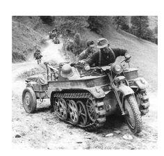 "yojimbows:      SdKfz 2 Kleines Kettenkrad (""tracked motorcycle"")      World War II German ""special ordnance vehicle"""