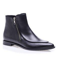 Bootie #shoes #bootie #fashion #moda #ayakkabı #topuklu #leather #deriayakkabı #heel #highheel #yüksektopuklubootie #siyahbootie