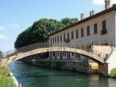 La bellissima Ciclabile Abbiategrasso - Sesto Calende si snoda seguendo i corsi d'acqua: il Naviglio, poi il Canale Villoresi e infine il Fiume Ticino.