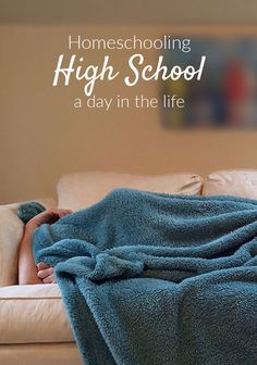 What does a day in the life of homeschooling high school even look like? Answers to all of your questions here.