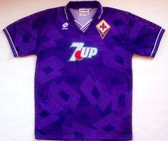 1992-93 Fiorentina Home Shirt Football Uniforms, Football Kits, Football Jerseys, Sports Jerseys, Camisa Retro, Classic Football Shirts, Jersey Atletico Madrid, Retro Shirts, Shirts