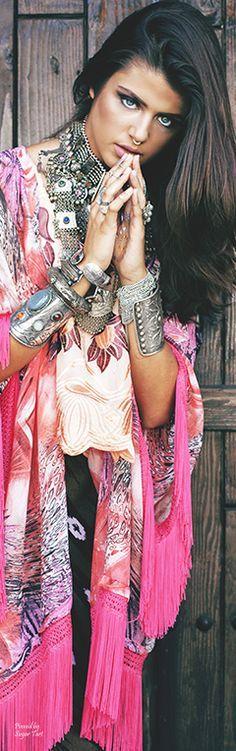 Bohemian Style… ≫∙∙boho, feathers + gypsy spirit∙∙≪ @modellastyle