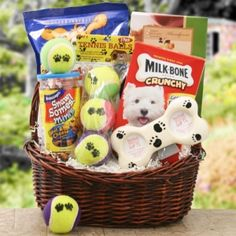 Welcome a new furry buddy home in style with the Bark Buster Gift Basket. Sure to be the delight of your favorite new pet, this basket includes plenty of treats for Fido - along with some tasty Too Good Gourmet cookies for his new humans! Theme Baskets, Themed Gift Baskets, Diy Gift Baskets, Christmas Gift Baskets, Gift Basket Ideas, Gift Basket For Men, Homemade Gift Baskets, Christmas Presents, Fundraiser Baskets