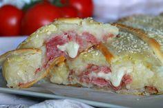 Rotolo di sfoglia con patate, salame e formaggio