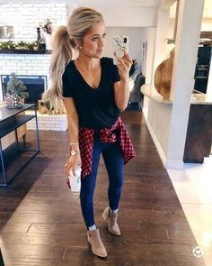 50 Stunning Casual Outfit Ideas For Women To Look Chic Plaid Shirt Outfits, Casual Fall Outfits, Fall Winter Outfits, Spring Outfits, Flannel Shirts, Casual Winter, Casual Summer, T Shirt And Jeans Outfit, Women Fall Outfits