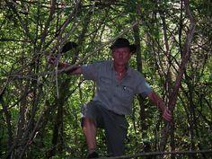 Tisza tavi gyalog túrák, próbáld ki a bozótvágó kést, Te is! www.tavitura.hu