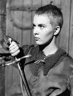 Jean Seberg as Jean D'Arc.