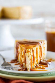 Homemade Caramel Sauce, Caramel Recipes, Chocolate Recipes, Pumpkin Cheesecake, Cheesecake Recipes, Dessert Recipes, Pumpkin Dessert, Pumpkin Pumpkin, Fall Desserts