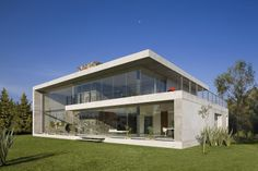 GP House by BitarArquitectos
