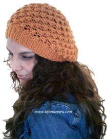 Boina caida o floja (Slouchy knit beret)