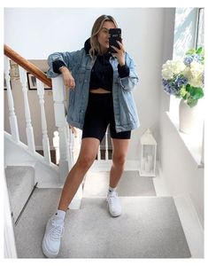 Mode Outfits, New Outfits, Spring Outfits, Fashion Outfits, Cute Casual Outfits, Short Outfits, E Biker, Look Jean, Mode Inspiration