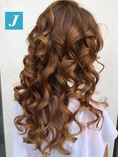 Le tue sfumature, solo tue _ Degradé Joelle #cdj #degradejoelle #tagliopuntearia #degradé #igers #musthave #hair #hairstyle #haircolour #longhair #ootd #hairfashion #madeinitaly #wellastudionyc