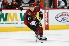 Natural Hat Trick: How to pronounce names with special guest Radim Vrbata = Jaime Eisner, Craig Morgan and Luke Lapinski discuss the greatness of Sidney Crosby, how many elite centers there are in the NHL, why Carey Price wasn't punished and more. They also chat with Arizona Coyotes forward Radim Vrbata about.....