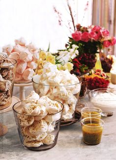 meringue dessert bar