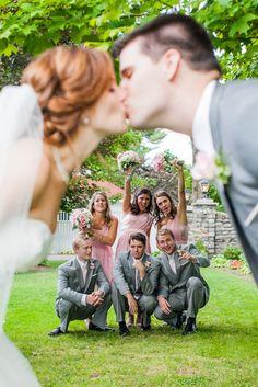 vintage-garden-wedding-kiss-3