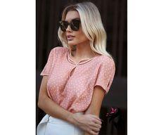Para o verão, as peças mais frescas são indispensáveis para o conforto. A blusa é confeccionada com crepe leve, e é a peça perfeita para essas ocasiões!    Valor: R$ 119,90   Enviamos para todo o Brasil   Parcelamos em até 3x sem juros.  Gostou? Mande um WhatsApp para (91) 98438-1042 lá você poderá tirar todas as suas dúvidas, e até mesmo fazer seus pedidos   #moda #fashion #novidades #modafeminina #lookdodia #style #tendencias #inspira #inspiracao #florrani #glamour #tendencia #novidade…