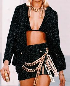 Fashion Tips Outfits VSCO - boujeevibes.Fashion Tips Outfits VSCO - boujeevibes High End Fashion, Look Fashion, 90s Fashion, Runway Fashion, Fashion Show, Vintage Fashion, Fashion Outfits, Womens Fashion, Fashion Design
