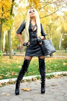 Ok I absolutely love this outfit! Leather Fashion, Fashion Boots, Leather Outfits, Leather Boots, Leggings, Dress With Boots, Thigh High Boots, Knee Boots, Belle Photo