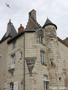 Château, Châtellerault, Vienne, France ©Sylvie Charles Poitou Charentes, Chateaus, Paris, Monuments, Castles, Louvre, The Incredibles, Architecture, Building