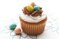Easter Cupcakes Recipe.  Find more at our Easter Centre at kraftcanada.com!