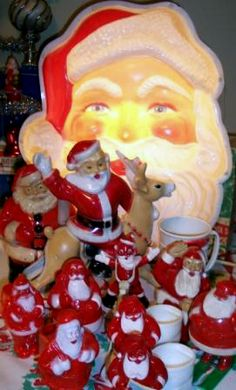 Would love to have one of the lighted Santa's like the one in this photo.
