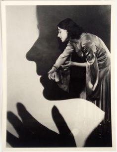 """""""Edmund Kesting-Ausdruckstanz Mary Wigmann-Schule, 1930"""" Pinned for the style of the photograph, mote than the photo itself. Imagining different photos with different meanings created by this style..."""