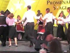 La Bastringue - French Canadian Mixer Ultimate folk dance resource: http://ifdo.ca/~seymour/videolinks/