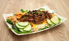 de lekkerste Hete kip, het recpt: De Dagelijkse Kost Asian Recipes, Healthy Recipes, Ethnic Recipes, Easy Diner, Shredded Chicken Recipes, Comfort Food, No Cook Meals, My Favorite Food, Favorite Recipes