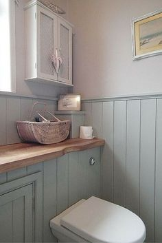 Cottage bathroom - Over the past few weeks, I have spent any spare time looking for bathroom design Downstairs Cloakroom, Downstairs Toilet, Small Wc Ideas Downstairs Loo, Small Bathroom With Bath, Small Country Bathrooms, Modern Bathrooms, Family Bathroom, Basement Bathroom, Beautiful Bathrooms