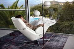 #Rolf Benz #relaxfauteuils  Traploos zweven    Rolf Benz 590 is een #relaxfauteuil speciaal voor mensen die een flexibele vorm van ultieme ontspanning zoeken. Dit stijlvolle en elegante model is ontworpen voor duurzaam en optimaal comfort. Design: Prof. Stefan Heiliger    Meer informatie over #relaxfauteuils en #woninginrichting : http://www.wonenwonen.nl/relaxfauteuils/rolf-benz-relaxfauteuils/4373