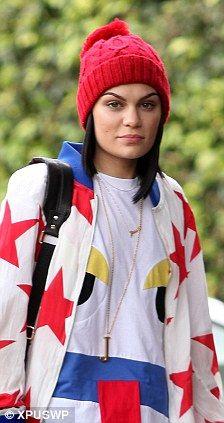 Jessie J - au naturel, gorgeous!!