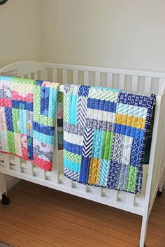 Featured: Jelly Roll Crib Quilt Tutorial