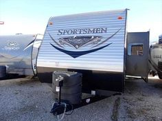 2016 New K-Z Sportsmen S331BHK Travel Trailer in Missouri MO.Recreational Vehicle, rv, 2016 K-Z Sportsmen S331BHK, We are thrilled to be partnered with K-Z RV to bring the Sportsmen line of travel trailers to the St. Louis area.  K-Z has been manufacturing RVs since 1972.  With Sportsmen, K-Z has had a long history of providing high quality, innovative RVs - but at budget friendly price. Sportsmen travel trailers are designed for the active family, with floorplans that enhance every…
