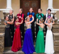 Great Superhero themed prom photos!