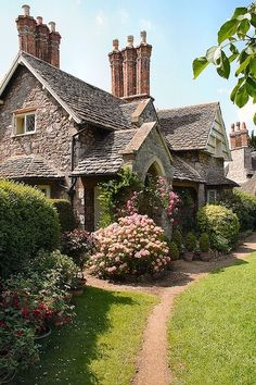 Blaise Hamlet Cottage in Bristol, England.  Looks like my dream house:  Hansel and Gretel house.