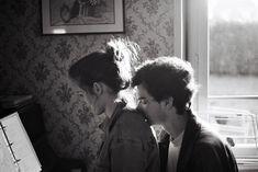 Back kisses