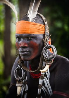 Mursi Tribe by Mohamed Al Jaberi African Tribes, African Men, African History, African Beauty, We Are The World, People Around The World, Mursi Tribe, Afrique Art, Tribal Face